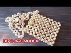 Coin Purse Pattern, Purse Patterns, Jewelry Knots, Beaded Jewelry, Cockatiel Toys, Crystal Beads, Crystals, Alphabet Beads, Diy Handbag