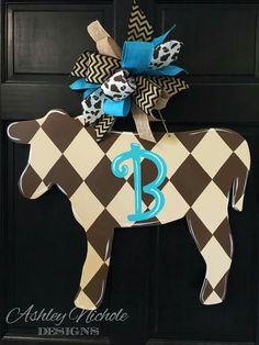 Items similar to Cow Door Hanger, Door Decoration, Country Decor, Shabby Chic, Cow/Cattle Farmer on Etsy Wooden Door Hangers, Wooden Doors, Wooden Signs, Wooden Crafts, Wooden Diy, Shabby Chic Decor, Rustic Decor, Farmhouse Decor, Cow Craft