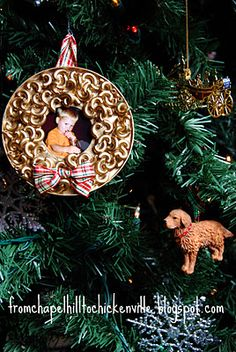 Macaroni Photo Ornament - easy inexpensive craft for the kids