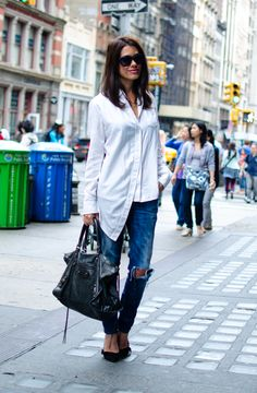 So amazing. Love the relaxed lazy but oh so put together element to this.