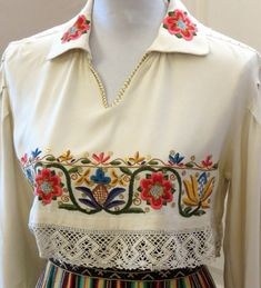 Estonian folk costumes - midriff blouses with rich embroidery