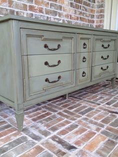 My exact dresser I'm doing! Was going to do cream, but now I think I'll switch it up :)