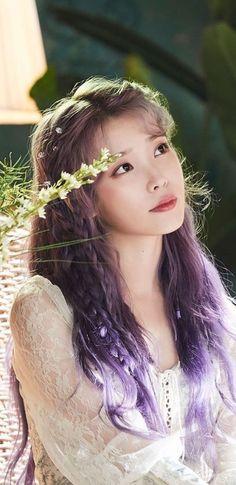 IU Wallpapers & LockScreen This is a wallpaper I made. Please use the Sharing icon. Kpop Girl Groups, Kpop Girls, Korean Beauty, Asian Beauty, Korean Celebrities, Celebs, Korean Girl, Asian Girl, Iu Hair