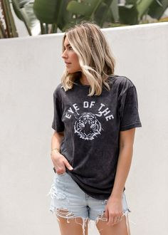 Eye of the Tiger Tee - Eye of the Tiger Tee - Fall Outfits, Cute Outfits, Tiger Shirt, Badass Outfit, Short Wigs, Boyfriend Style, Up Styles, Forever 21, Dress Up