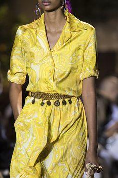 Fashion Mode, Fashion 2020, Look Fashion, Fashion Show, Milan Fashion, Fashion Outfits, Womens Fashion, Fashion Trends, Spring Summer Fashion