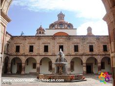 RECORRIENDO MICHOACÁN. Uno de  más bellos edificios en Morelia es el Palacio Clavijero, ubicado en la esquina de Nigromante y Madero, cerca de la Catedral. La Compañía de Jesús llegó a la Nueva España en 1572, y en 1574 se establecieron en Pátzcuaro. En 1580 los poderes y los misioneros se mudaron a Valladolid y se instalaron en un pequeño recinto, que es parte del terreno donde ahora se encuentra el Palacio Clavijero. AG HOTEL http://www.aghotel.com.mx