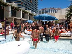 When spring arrives in Las Vegas, the pool clubs start to open. Las Vegas City, Las Vegas Strip, Win Casino, City Limits, Hotels And Resorts, Winchester, Nevada, Street View, Spring