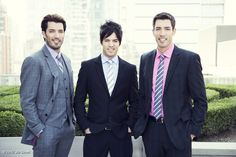 """Guy in middle is J.D. Scott.  Jonathan and Drew older brother.  The twins are 6'5"""""""
