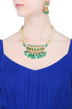 #indian #traditional #pakistani #punjabi #fashion #gold #silver #ethnic  #ring #haathphool #necklace #haar #ranihaar #jewellery #indianjewellery #jewelry #indianjewelry #pearls #rubies #emeralds #rings #tikka #maangtikka #choker #paasa #jhoomar #jhoomer #jhanjar #bangles  #earrings #chandbali #chaandbali  #kundan #polki #diamond #anklet #ring #emerald #pearl #ruby #nath #nosering #bangles #PunjabiGoldJewellery #anklets #rubyring #silverjewellery