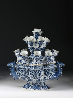 1685-1700 Dutch Flower holder at the Victoria and Albert Museum, London