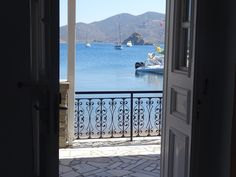 Magnificent views over the sea, with a typical Greek identity. Enjoy the traditional atmosphere of Silver Beach hotel.   #grikos #patmos #patmosaktis #grikosbay #seaview #patmos #tradition #hotel #travel #greece