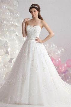 Divine A Line Sweetheart Court Train Organza Wedding Dress CWLT130B5 #weddingdress #cocomelody