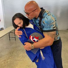 Dwayne 'The Rock' Johnson is a proud dad as daughter Simone, graduates high school Dwayne Johnson Daughter, The Rock Dwayne Johnson, Rock Johnson, Dwayne The Rock, Proud Dad, Proud Of Me, Alexandra Johnson, Lauren Johnson, Lauren Hashian