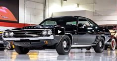 Check Out This Extremely Rare '71 HEMI Challenger R/T