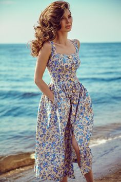 43 Adorable and Elegant Fashion for Fall with Flower Dress Style 43 Bezaubernde und elegante Mode fü Trendy Dresses, Elegant Dresses, Cute Dresses, Vintage Dresses, Beautiful Dresses, Vintage Shoes, Elegant Clothing, Vintage Outfits, Dresses Dresses
