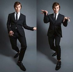 Evan Peters being a babe<3