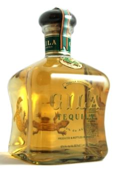 """Gila Tequila Reposado is de Agave, aged at least 2 months in white oak barrels, and produced at Industrializadora de Agave San Isidro. It is named after the """"Gila Monster"""", the poisonous lizard that lives in the deserts of the United States and Mexico. Tequila Bottles, Alcohol Bottles, Liquor Bottles, Most Expensive Liquor, Tequila Reviews, Alcohol Spirits, St Patricks Day Drinks, Peach Drinks, Packaging"""