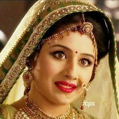 Indian Bridal Fashion, Indian Bridal Makeup, Beautiful Girl Indian, Beautiful Bride, Indian Tv Actress, Indian Actresses, Indian Look, Indian Wear, Indian Wedding Bride