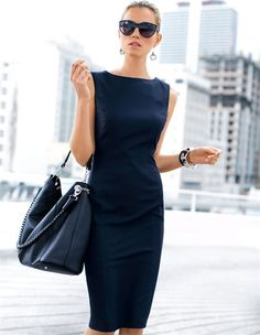 Große Lederhandtasche in Beutelform, Etuikleid, Damen Sonnenbrille
