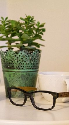 Vegetable acetate + wood glasses.   #style #nature #recycled #woodzee