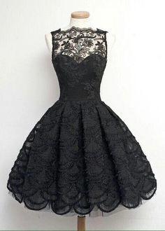 vestido negro                                                                                                                                                                                 Más