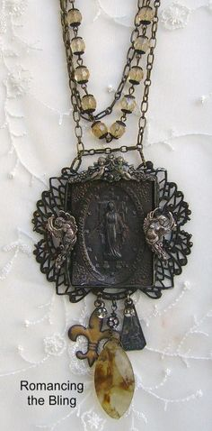 Don't know the origins of this but there are so many good things going on here on this stunning shabby chic retro nouveau necklace!