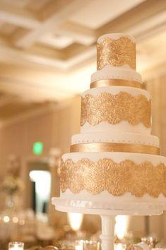 stunning gold wedding cake.