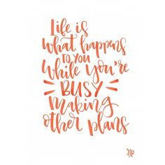 A vida é o que acontece enquanto você está ocupado fazendo planos.  #johnlennon #music . . #caligrafia #calligraphy #feitoamao #arte #compredequemfaz #freehand #handmade #moderncalligraphy #typespire #handlettering #lettering #typography #design #art #style #goodtype #customtype #inspiration #typism #instagood #gratidao #work #job #poster #brushpen #brushlettering #motivation