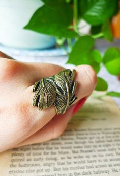 #Chic wish                #ring                     #Vintage #Style #Twining #Plume #Ring #Retro, #Indie #Unique #Fashion         Vintage Style Twining Plume Ring - Retro, Indie and Unique Fashion                                      http://www.seapai.com/product.aspx?PID=1250373