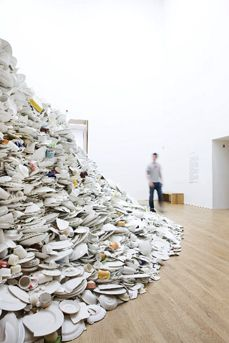 Clare Twomey « museumaker
