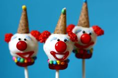 clown cake pops I'm pinning this to halloween because they scare the crap out of me.