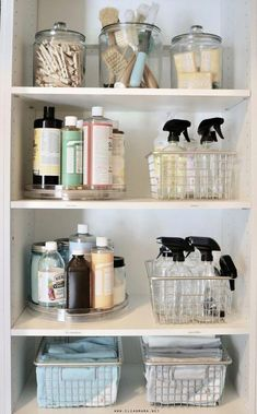 Organized Cleaning Supplies - Storage Solutions for your Products - Clean Mama I love the use of lazy susans to organize occasional use cleaning products! Linen Closet Organization, Bathroom Organisation, Bathroom Storage, Kitchen Organization, Organization Ideas, Storage Jars, Closet Storage, Storage Ideas, Organising Ideas