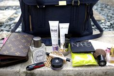 Love the make up centric kinda bag! Bake House: What's in my Bag?!