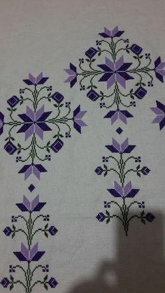 Cross Stitch Flowers, Cross Stitch Patterns, Bargello, Magnolia, Istanbul, Diy And Crafts, Embroidery, Cross Stitch Embroidery, Carpet