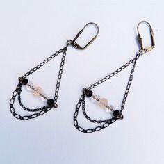 Boucles d'oreilles avec chaînes et perles