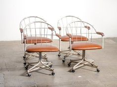 Best Seating In Our Classifieds: Leather & Metal Swivel, Kartell, Saarinen & 4 More — Maxwell's Daily Find 06.16.15   Apartment Therapy