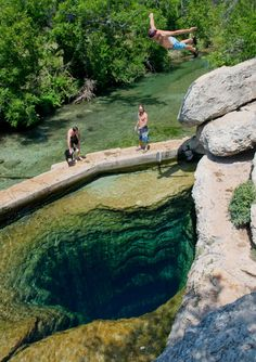 Jacob's Well in Wimberley, Texas. This place is awesome! Our friends live in Wimberley off of Jacob's Well Road! Places Around The World, Oh The Places You'll Go, Places To Travel, Places To Visit, Around The Worlds, Travel Destinations, Jacobs Well Texas, Dream Vacations, Vacation Spots