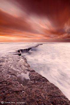 The edge of earth by Jorge Maia, via 500px