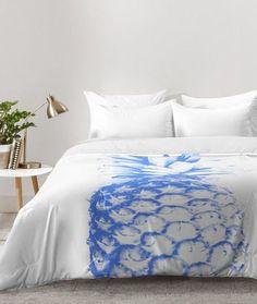 29 modern blue pineapple print on your duvet will remind of holidays - DigsDigs Cozy Bedroom, Dream Bedroom, Bedroom Decor, Hawaiian Homes, Diy Home, Home Decor, Pineapple Print, My New Room, Dorm Room