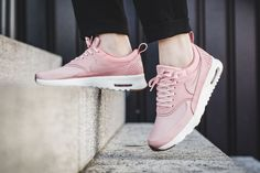 The Nike Air Max Thea Premium is treated in pink glaze for its latest iteration this season. Find it at Nike stores overseas first. Airmax Thea, Air Max Thea Premium, Nike Free Runners, New Nike Air, Pink Nike Air Max, Nike Outlet, Everyday Shoes, Nike Free Shoes, Nike Shoes