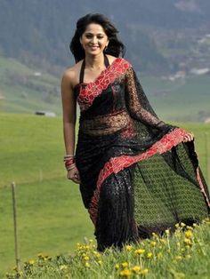 Indian Actress Hot Pics, Most Beautiful Indian Actress, Beautiful Actresses, Anushka Shetty Navel, Images Wallpaper, Wallpaper Gallery, Anushka Photos, Half Saree Lehenga, Actress Anushka