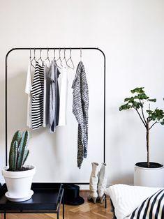 Inspiring Closets - Monochrome Stadshem Home