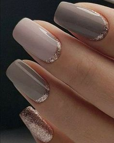 Adding some glitter nail art designs to your repertoire can glam up your style within a few hours. Check our fav Glitter Nail Art Designs and get inspired! Natural Nail Designs, Gold Nail Designs, Fall Nail Art Designs, Short Nail Designs, Nail Polish Designs, Simple Nail Designs, Acrylic Nail Designs, Nails Design, Neutral Wedding Nails