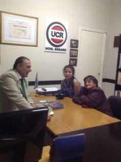 Hoy viernes recibí en el bloque a Elsa Ramona Muñoz de Sánchez, y Bárbara Sanchez abuela y nieta, de una familia de mas de 100 radicales , y ella la referente , social que lindo saludo
