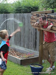Love this idea, throwing wet sponges at the daddies. {A mama with ideas...: Medieval Knights & Princesses Party} Theme Ideas...