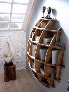 Estantería en madera natural de mahogany ALAMANDA. Calidad y diseño en muebles de madera.