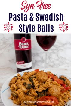 Syn Free Pasta & Swedish Style Quorn Balls Recipe - An Easy Meal! Healthy Eating Recipes, Gourmet Recipes, Keto Recipes, Vegetarian Recipes, Dinner Recipes, Veggie Recipes, Delicious Recipes, Quorn Recipes, Crockpot Recipes