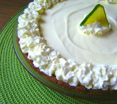(S) Healthy Key Lime Pie sugar-free-low-carb-gluten-free-key-lime-pie-atkins-diet-healthier-whipped-cream-cheese-dairy-cream-diet-graham-cracker-crust Diabetic Desserts, Sugar Free Desserts, Sugar Free Recipes, Diabetic Recipes, Low Carb Recipes, Dessert Recipes, Diabetic Cookbook, Diabetic Foods, Low Carb Sweets