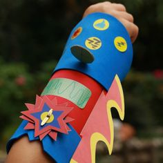 Discover recipes, home ideas, style inspiration and other ideas to try. Diy Cape, Diy Costumes, Zombies, Diy For Kids, Sonic The Hedgehog, Walking Dead, Gadgets, Animation, Superhero