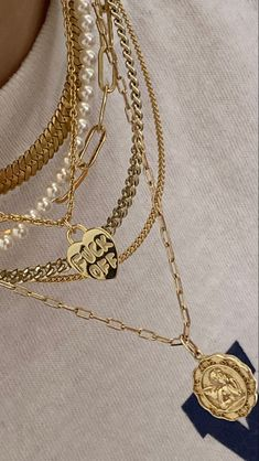 Nail Jewelry, Cute Jewelry, Gold Jewelry, Jewelry Accessories, Gold Necklaces, Trendy Jewelry, Luxury Jewelry, Fashion Accessories, Bling